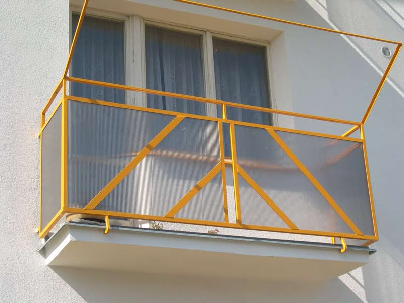 balkony.03.jpg